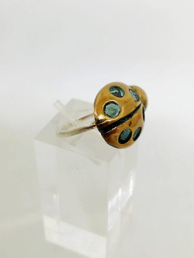 anillo mariquita